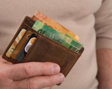 Cüzdanınızda Olmaması Gereken 5 Şey: Yoksulluğu ve Şanssızlığı Çekiyorlar