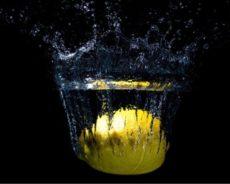 Evinizdeki Negatif Enerjileri Bir Bardak Su ve Bir Limonla Temizleyin