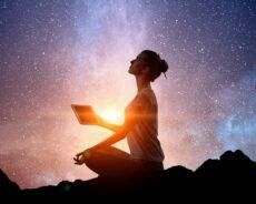 Hepimiz Enerjiyiz – Sadece Zihnimizi Değiştirerek Çevremizdeki Dünyayı Değiştirebiliriz