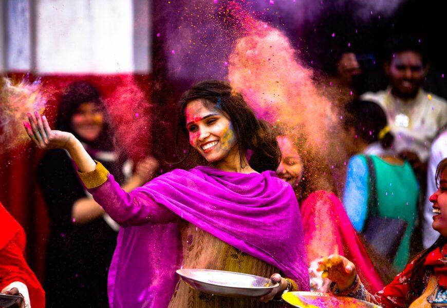 7 Renk İle Sadece Ruh Halini Değil Zihnini ve İlişkilerini Geliştirmek