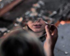 Ayna Kullanarak Yoksulluktan Kurtulun